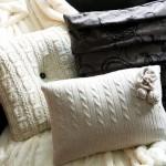 huse pernute decorative din pulovere vechi