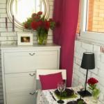 idee amenajare loc luat masa in balcon mic apartament