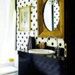 imprimeu buline decor pereti si tavan baie retro chic