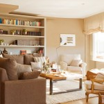 inaltare vizuala a livingului cu ajutorul unei biblioteci din pardoseala si pana in tavan