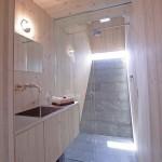 interior baie moderna cabana lemn ufogel austria