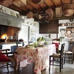 interior bucatarie italiana rustica