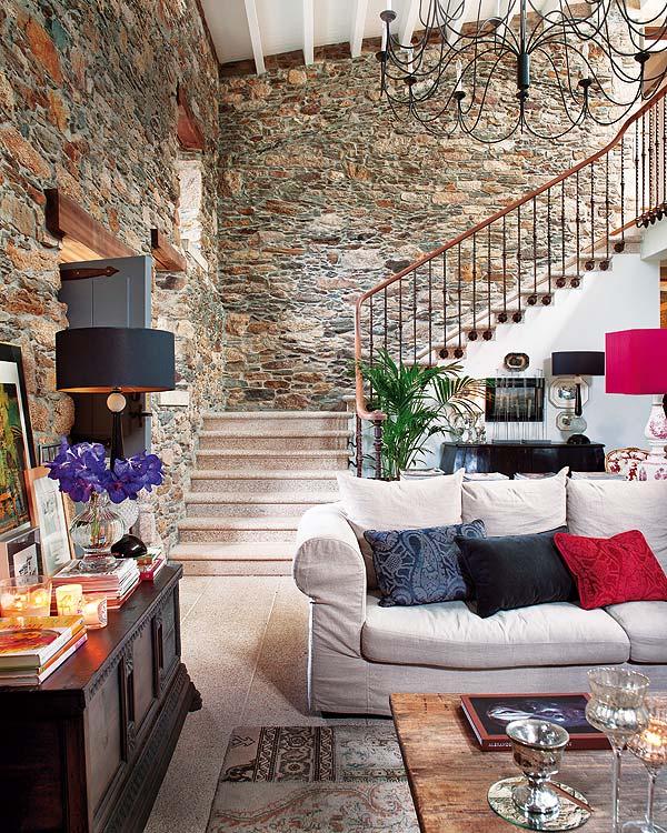interior casa piatra