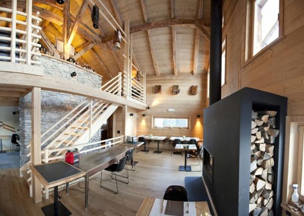 interior restaurant whitepod
