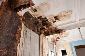 interior scoala veche transformata in complex rezidential
