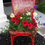Jardiniere superbe din scaune vechi – imagini