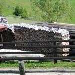 lemne sparte aranjate