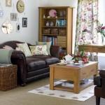 living mic apartament amenajat in stil clasic cu elemente decorative provence