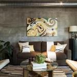 living modern amenajat si decorat in mai multe nuante de maro