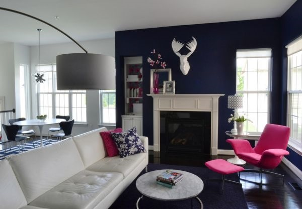 living modern bleu marin mobila alba