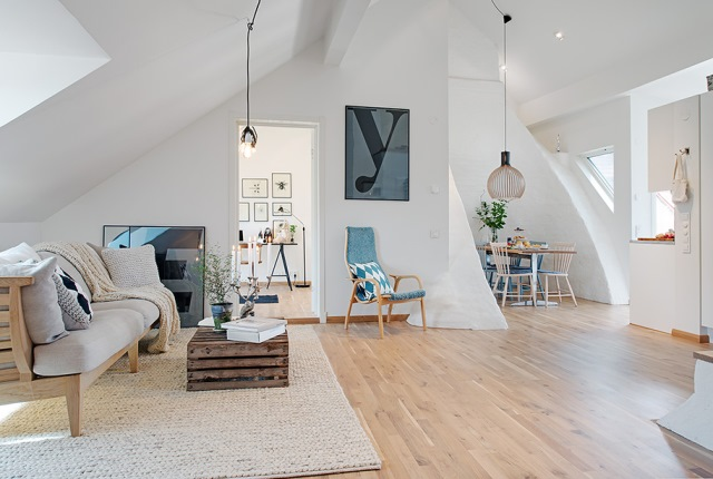 living open space amenajat mansarda