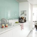 mobila alba design minimalsit bucatarie moderna
