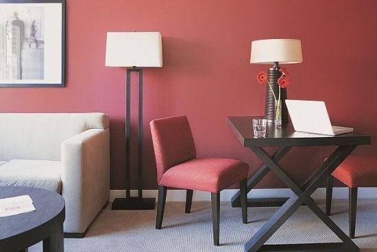 mobila alba living rosu