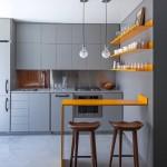 model 2019 amenajare bucatarie apartament gri cu galben