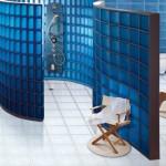 model cabina dus mare forma rotuna construit din caramida de sticla albastra
