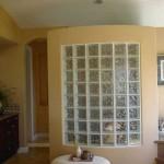 model cabina dus perete cu insertie de caramida de sticla