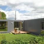 model casa construita din 3 containere maritime reciclate