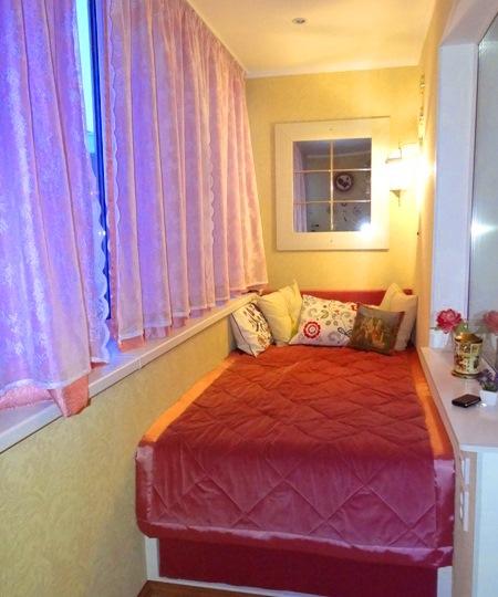model dormitor in balcon