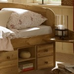 model pat cu sertare lemn natur dormitor matrimonial