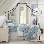 model pat fier forjat cu baldachin dormitor clasic