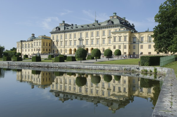 palatul drottningholm suedia