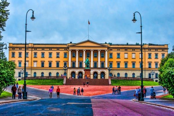 palatul regal oslo norvegia
