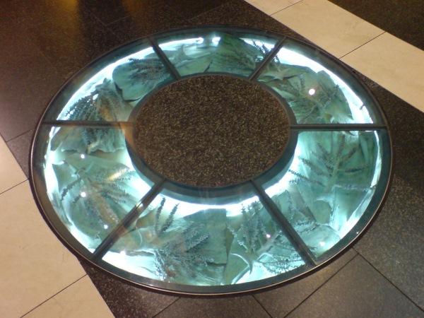 pardoseala decorativa sticla