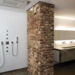 perete caramida baie moderna