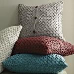 pernute decorative cu nasturi din pulovere crosetate vechi