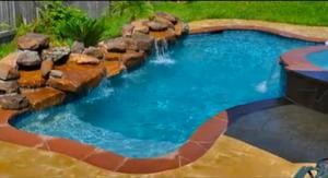 piscina curte mica