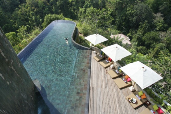 piscina de lux
