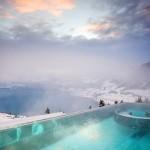 Cele mai spectaculoase piscine incalzite de exterior din statiunile montane ale lumii