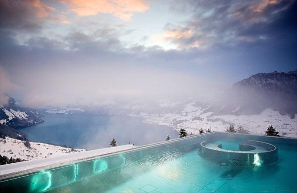 piscina villa honegg