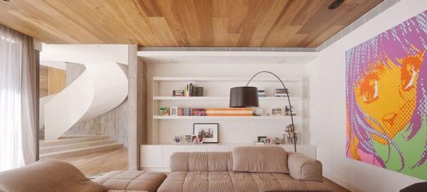 placare parchet laminat tavan living