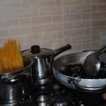 preparare paste cu scoici vongole si midii