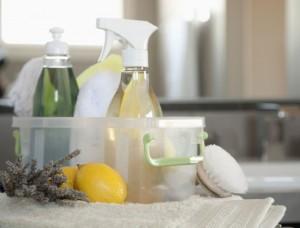 Solutii de curatat homemade din produse naturale