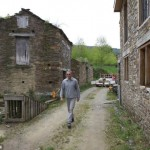 Sate intregi din Spania pot fi cumparate la pretul unui apartament cu 2 camere din Romania
