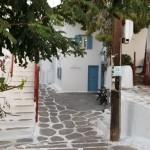 strada laturalnica in Chora capitala Mykonos