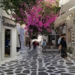 strada pietonala comerciala centrul orasului Mykonos