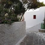 straduta ce merge spre centrul orasului insula Mykonos
