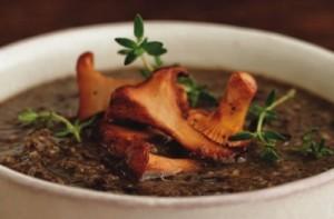 Supa picanta de ciuperci cu crutoane