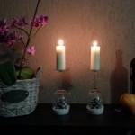 Suporturi pentru lumanari (Sfesnice) decorative de Craciun din pahare – proiect DIY VIDEO