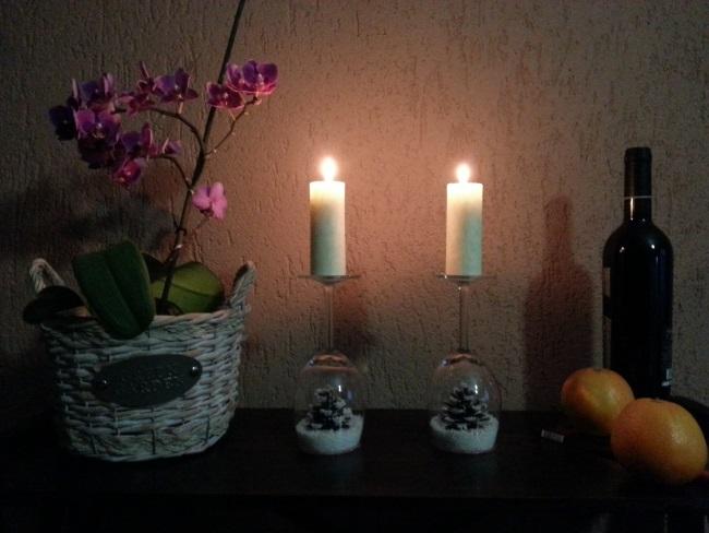 suport lumanari din pahare - decoratiuni Craciun - sfesnic diy