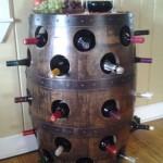 suport rustic sticle vin din butoi lemn reciclat
