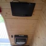 televizor lcd si semineu electric casuta lemn mica
