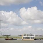 transport casa modulara prefabricata plutitoare