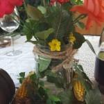 vaza-handmade-confectionata-dintr-un-borcan-o-bucata-de-sfoara-si-o-cheie-veche