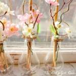vaze decorative handmade din becuri arse