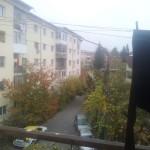 vedere de la geamul apartamentului