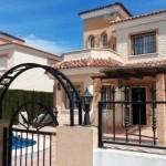 vila cu piscina spania 170000 euro